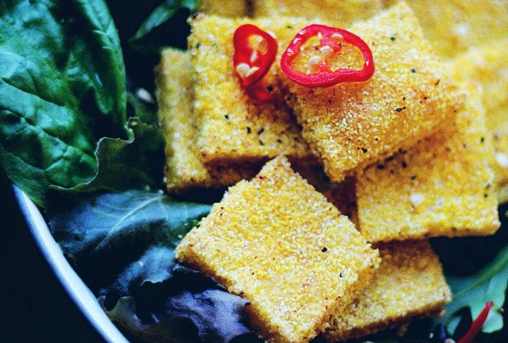 Polenta z kaszki kukurydzianej z tymiankiem