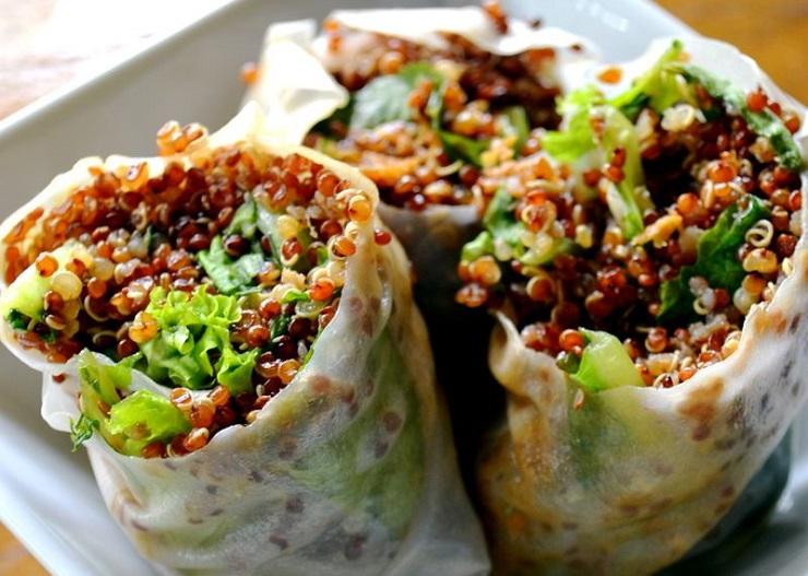 Springrolls z sałatą i komosą ryżową