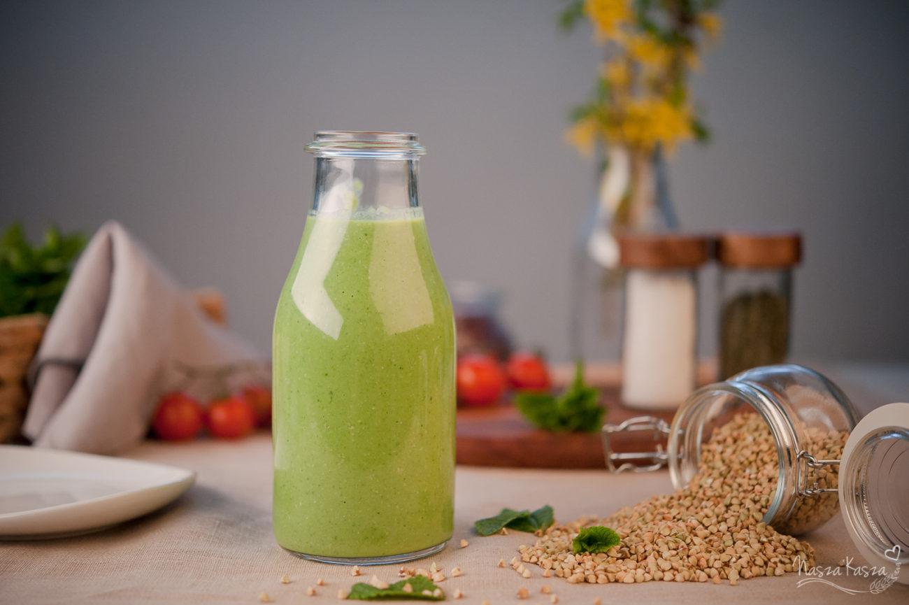 Zielone, gryczane smoothie z avocado