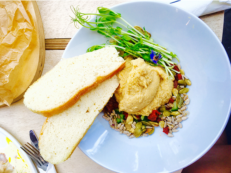Hummus z kaszą jaglaną i słodkimi ziemniakami