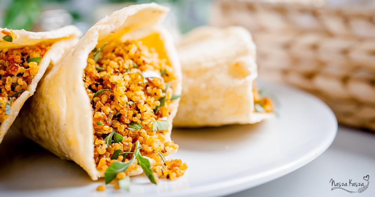 Bezglutenowe tortille z chrupiącą salsą z komosy ryżowej