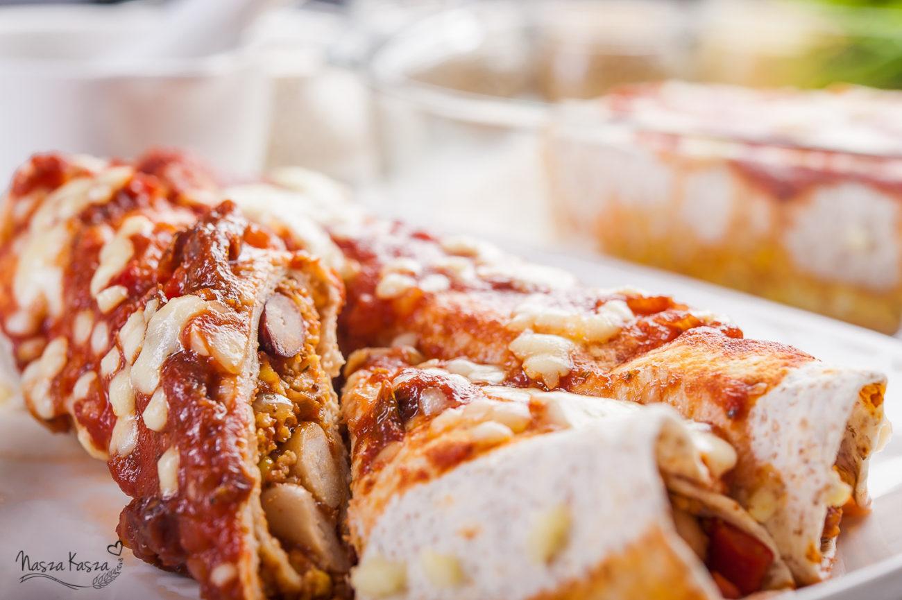 Enchilada z czerwoną kaszą jaglaną