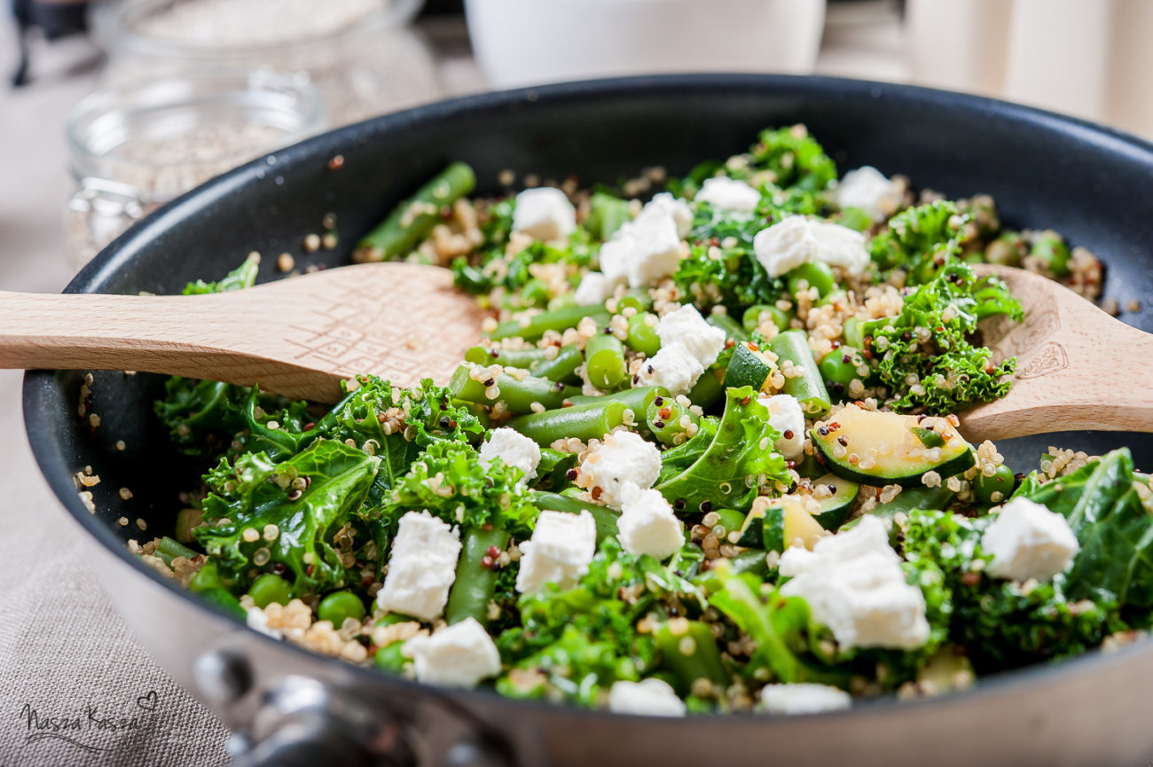 Komosa ryżowa z zielonymi warzywami