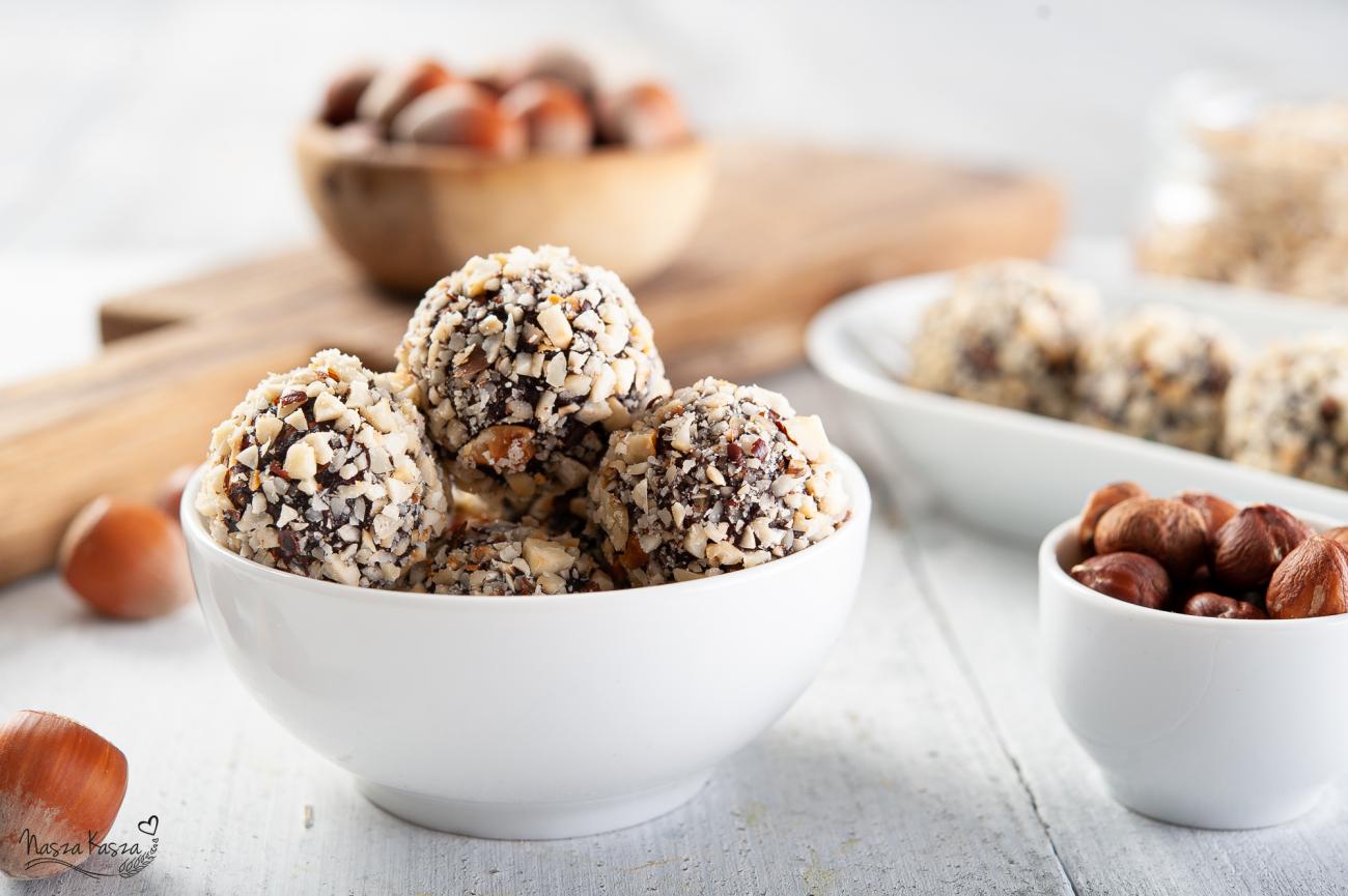 Kaszowe kulki Ferrero